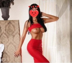 Louisia sexy outcall escort in Ditton, UK